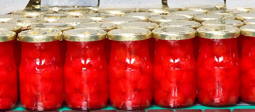 La pasteurización es uno de los métodos tradicionales que asegura la calidad de la fruta confitada Lazaya.