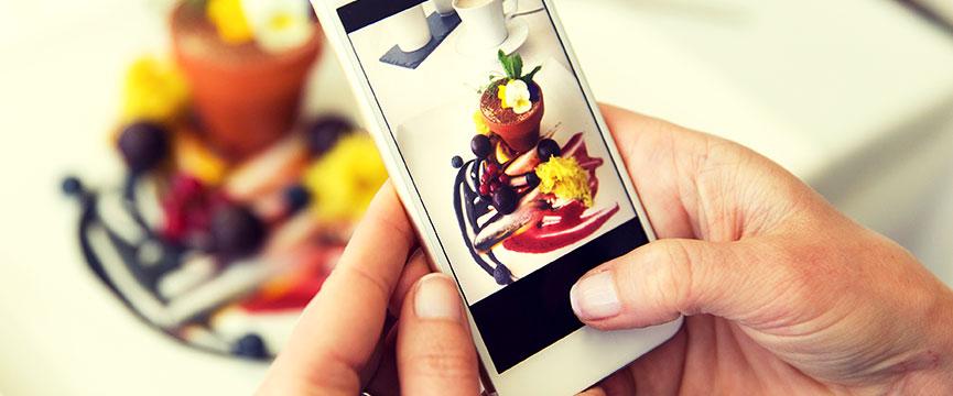 Las recetas originales y artesanas con fruta confitada atraen a nuevos segmentos de público joven.