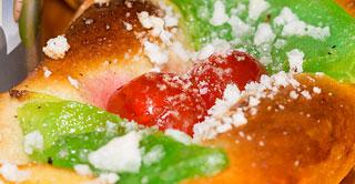 Roscón de Reyes y fruta escarchada