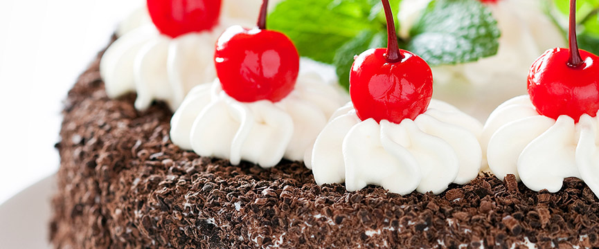 types of cherries in cakes and desserts